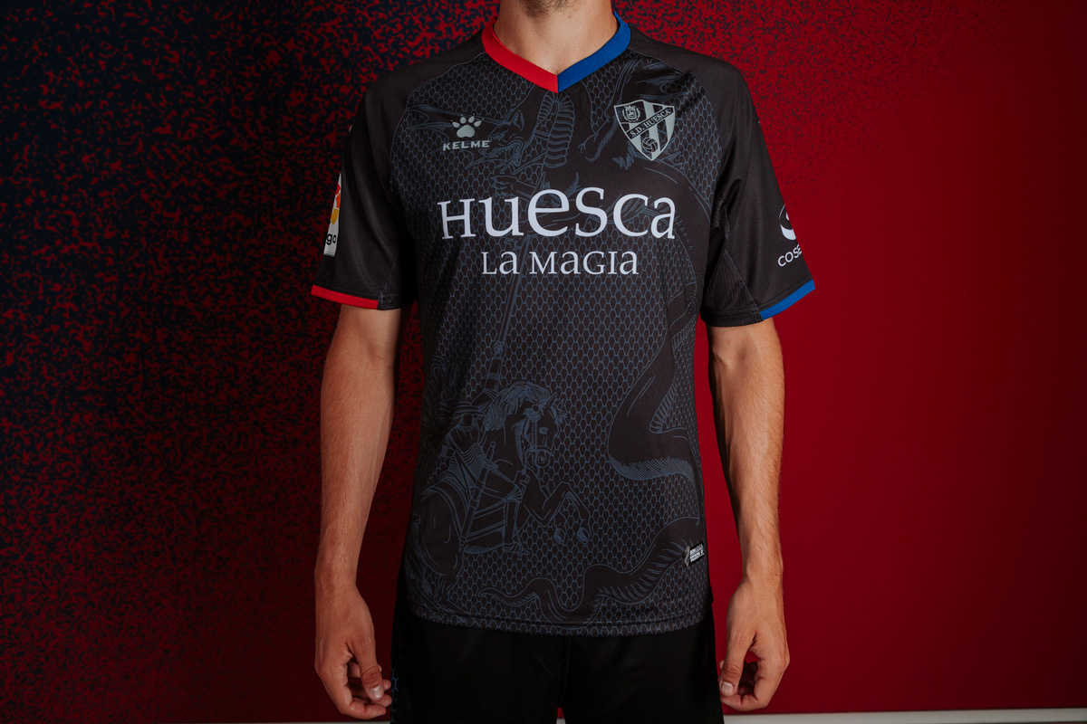 SD Huesca diseño camiseta dragon